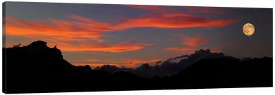 Rising Super Moon, Badlands National Park, South Dakota, USA Canvas Art Print