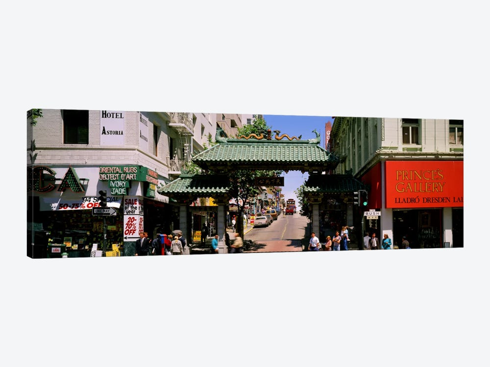 USA, California, San Francisco, Chinatown, Tourists in the market by Panoramic Images 1-piece Canvas Wall Art