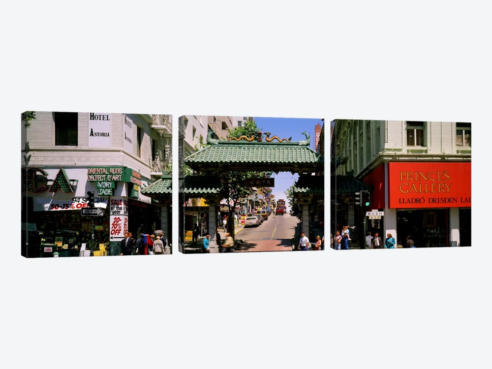 USA, California, San Francisco, Chinatown, Tourists in the market by Panoramic Images 3-piece Canvas Wall Art