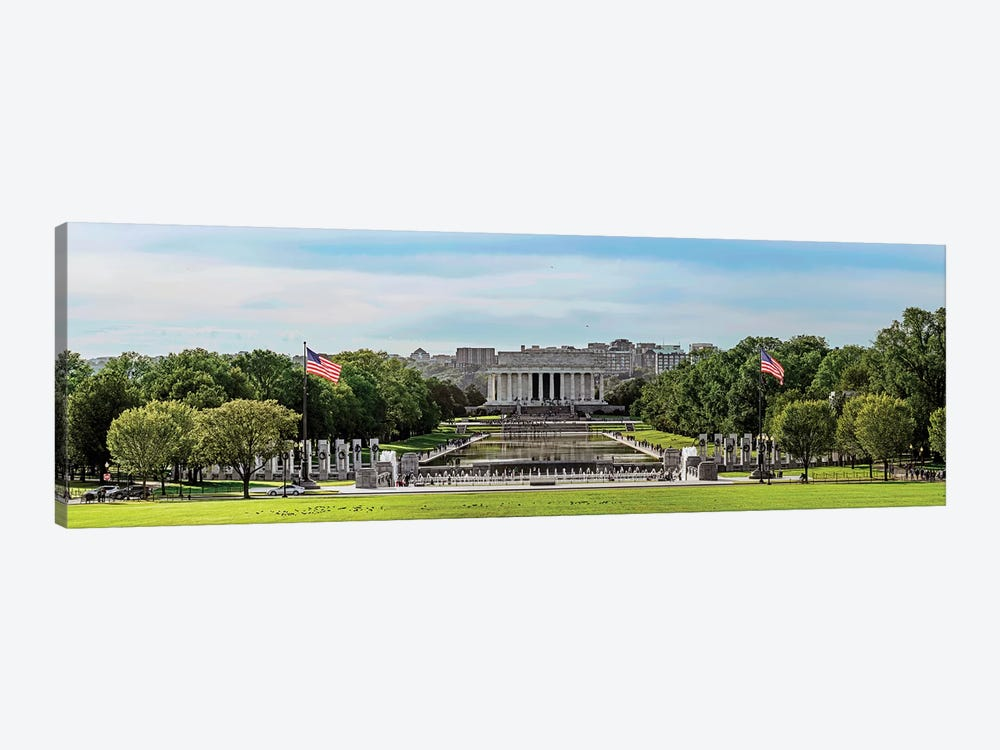View Of Lincoln Memorial And National World War II Memorial, Washington D.C., USA by Panoramic Images 1-piece Canvas Art Print