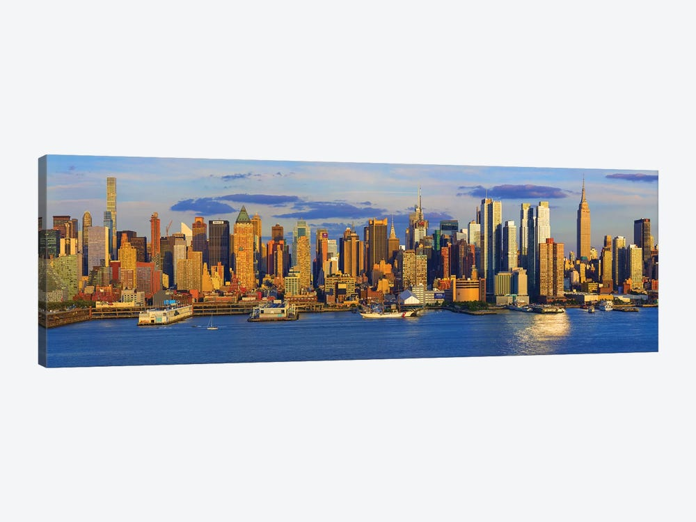 View Of Manhattan Skyline, New York City, New York State, USA II by Panoramic Images 1-piece Canvas Art