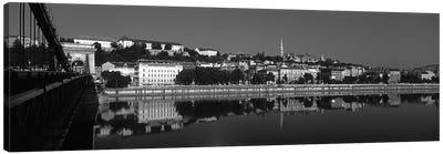 Chain Bridge Over Danube River, Budapest, Hungary Canvas Art Print