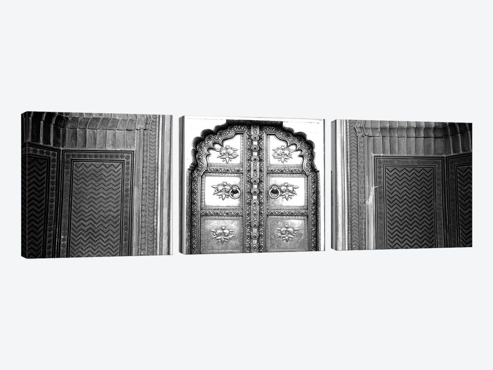 Close-Up Of A Closed Door Of A Palace, Jaipur City Palace, Jaipur, Rajasthan, India by Panoramic Images 3-piece Canvas Artwork