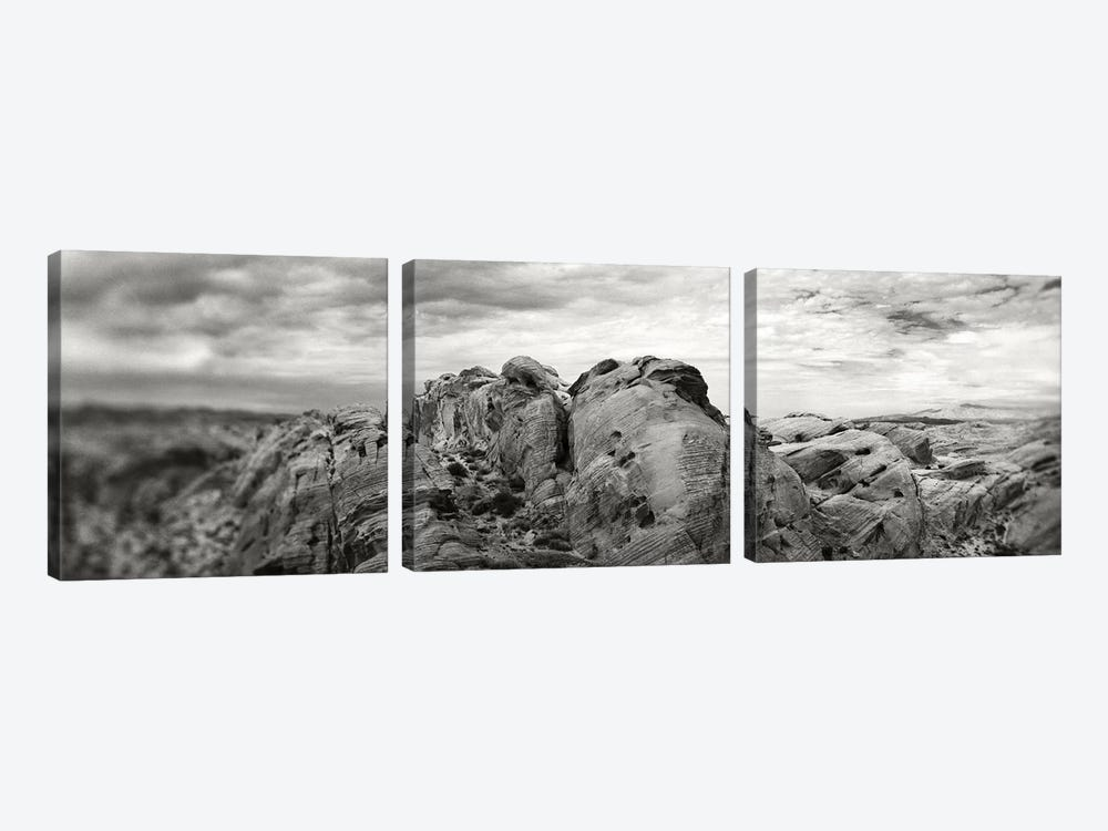 Rock Formations In The Valley Of Fire State Park, Moapa Valley, Nevada, USA by Panoramic Images 3-piece Canvas Artwork