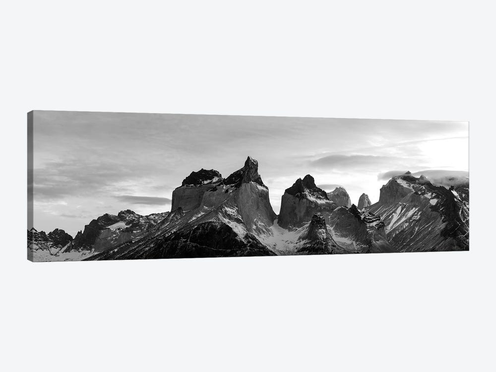 Snowcapped Mountain Range, Paine Massif, Torres Del Paine National Park, Magallanes Region, Patagonia, Chile by Panoramic Images 1-piece Canvas Artwork