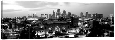 Union Station At Sunset With City Skyline In Background, Kansas City, Missouri, USA Canvas Art Print