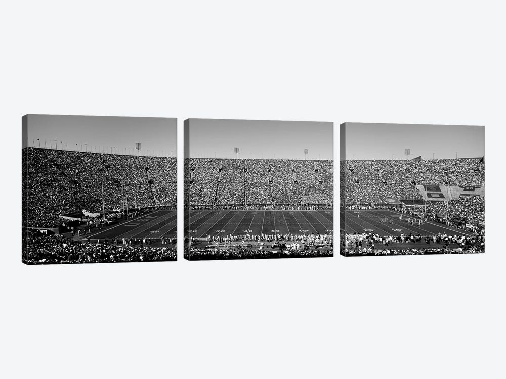 View Of A Football Stadium Full Of Spectators, Los Angeles Memorial Coliseum, City Of Los Angeles, California, USA by Panoramic Images 3-piece Canvas Art