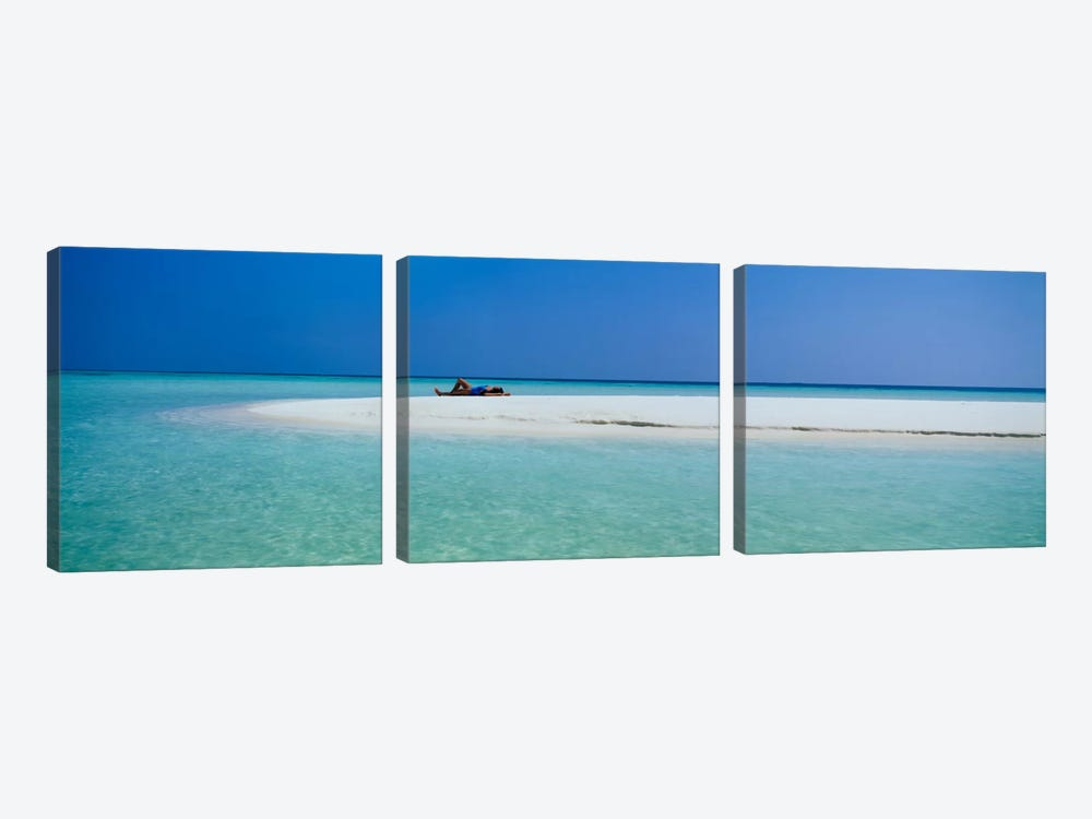 Indian Ocean Maldives by Panoramic Images 3-piece Canvas Art Print