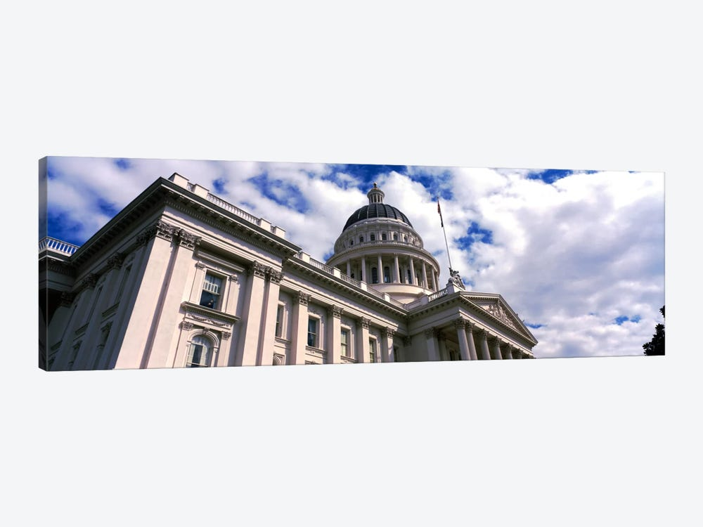 USA, California, Sacramento, Low angle view of State Capitol Building by Panoramic Images 1-piece Canvas Wall Art