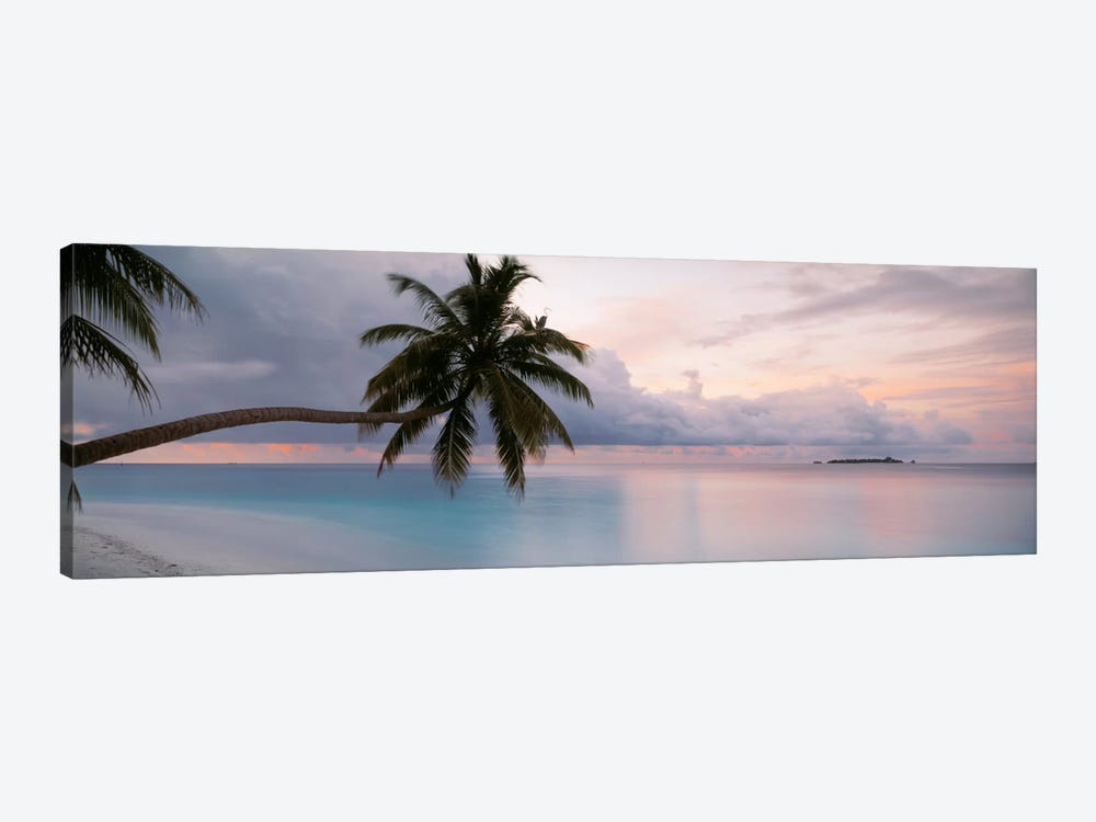Indian Ocean Maldives by Panoramic Images 1-piece Canvas Artwork