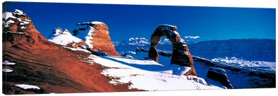 Delicate Arch In Winter, Arches National Park, Utah, USA Canvas Art Print