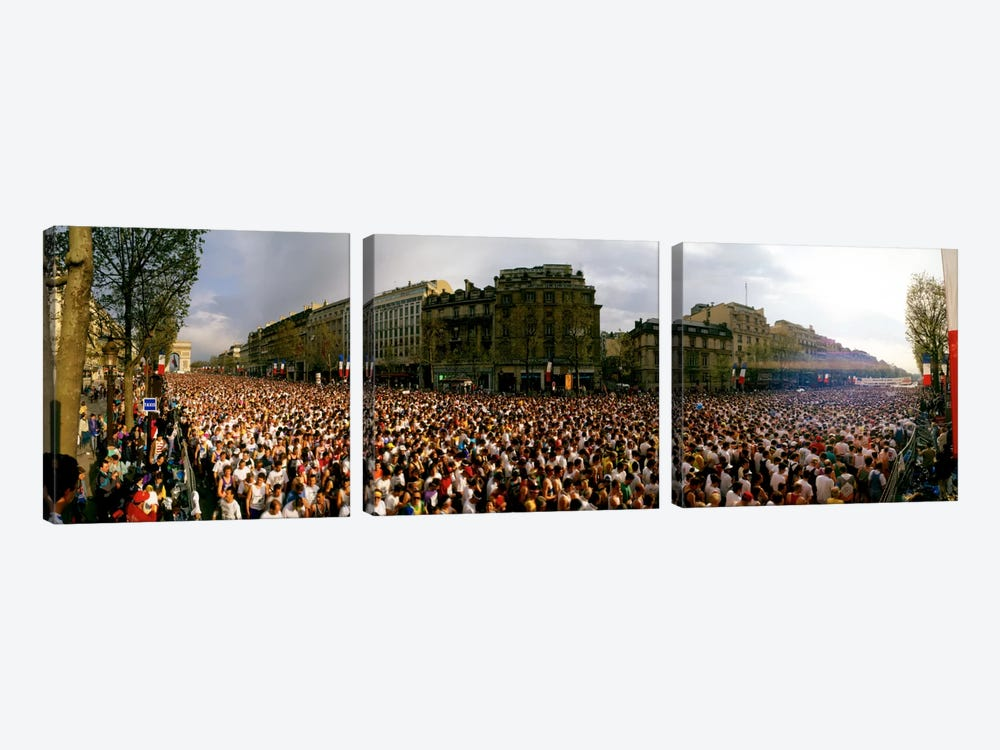 Marathon Runners, Paris, France by Panoramic Images 3-piece Canvas Art Print