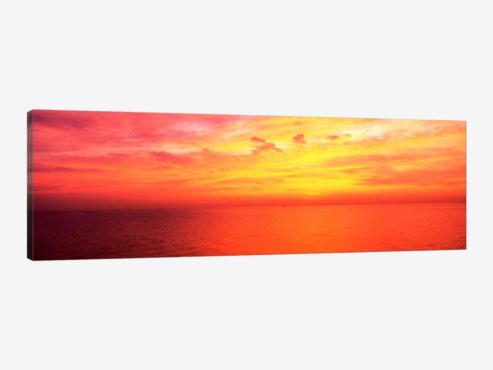 Clouds over a lake at sunrise, Lake Michigan, Chicago, Illinois, USA by Panoramic Images 1-piece Canvas Wall Art