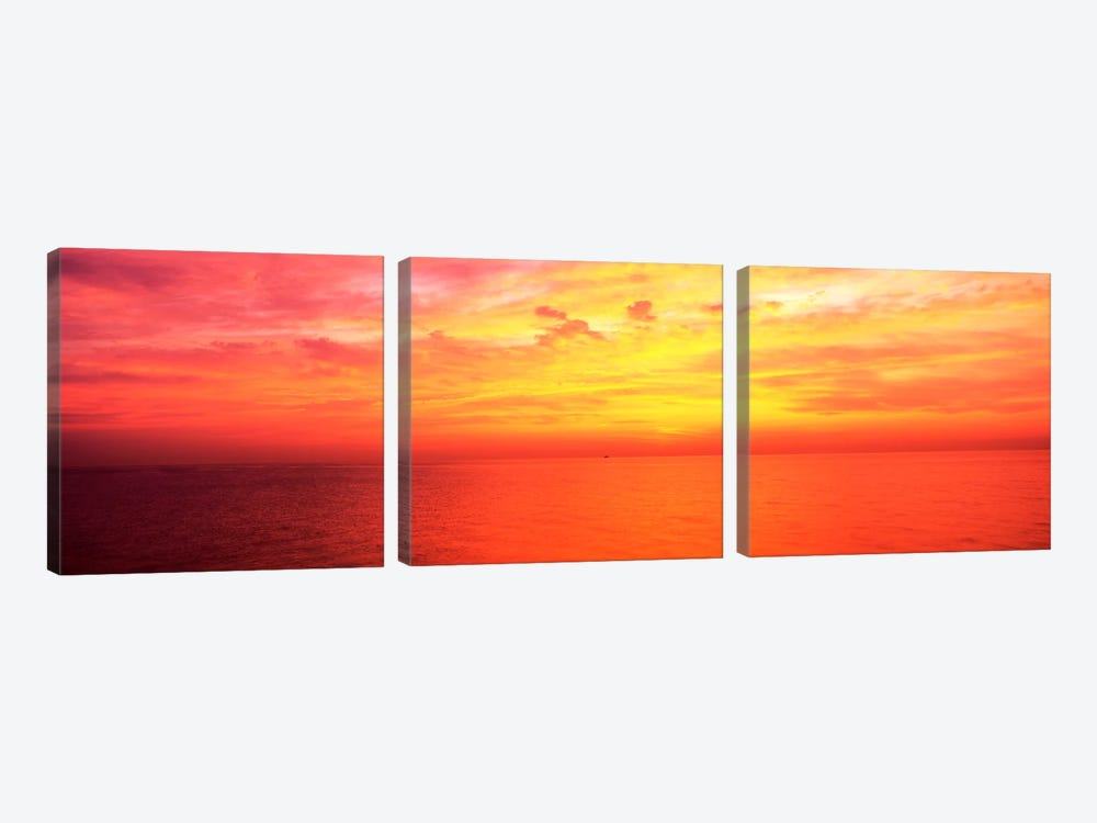 Clouds over a lake at sunrise, Lake Michigan, Chicago, Illinois, USA by Panoramic Images 3-piece Canvas Art