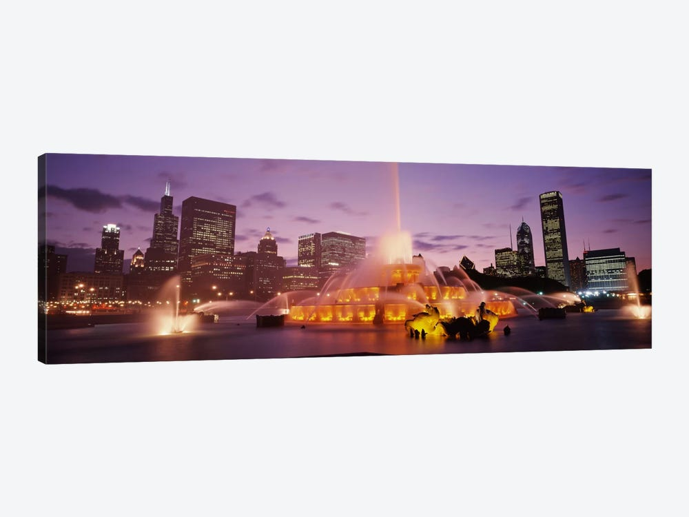 Buckingham Fountain At Night, Chicago, Illinois, USA by Panoramic Images 1-piece Canvas Art Print
