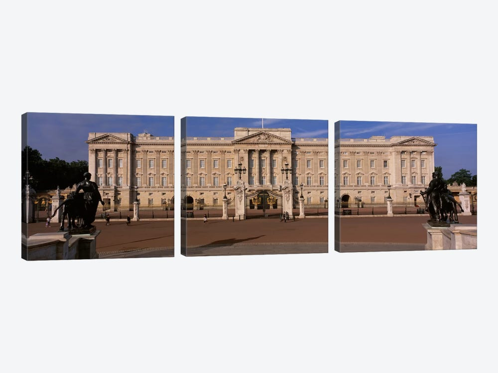 East Front, Buckingham Palace, London, England, United Kingdom by Panoramic Images 3-piece Canvas Artwork