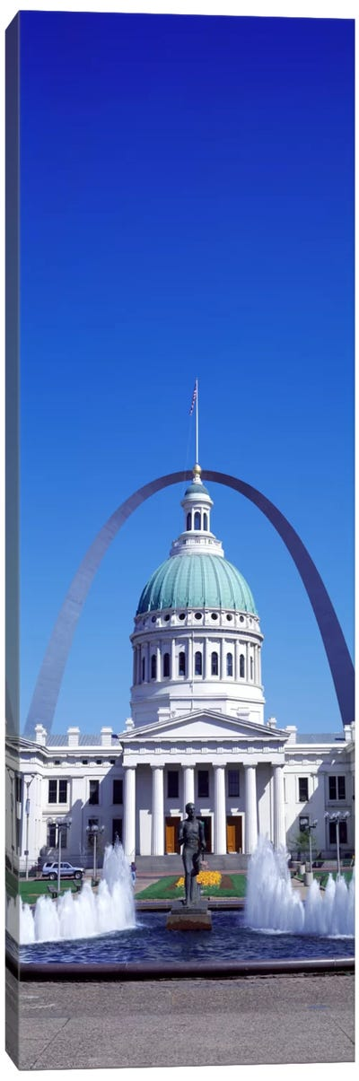 Old Courthouse & St Louis Arch St Louis MO USA Canvas Art Print
