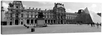 Musee du Louvre In B&W, Paris, Ile-de-France, France Canvas Art Print