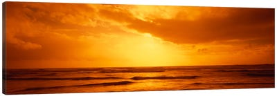 Golden Sunset Over The Pacific Ocean Canvas Print #PIM2024