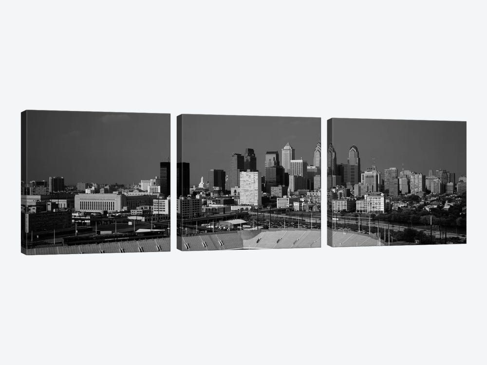 Buildings in a cityPhiladelphia, Pennsylvania, USA by Panoramic Images 3-piece Canvas Print