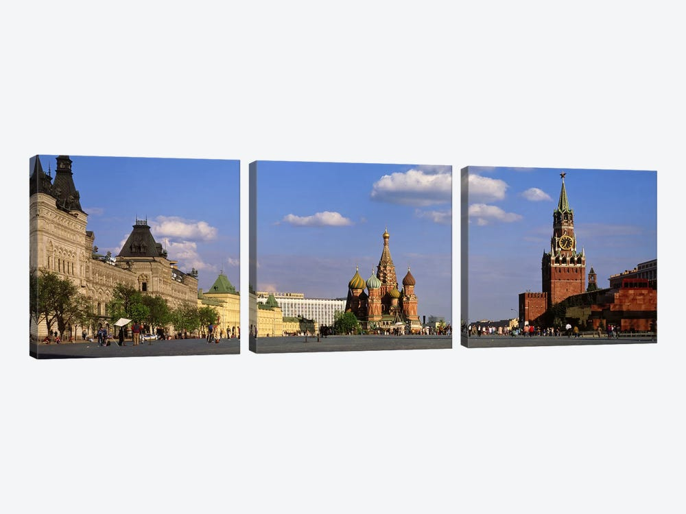 Red Square (Krasnaya Ploshchad), Moscow, Russia by Panoramic Images 3-piece Canvas Print