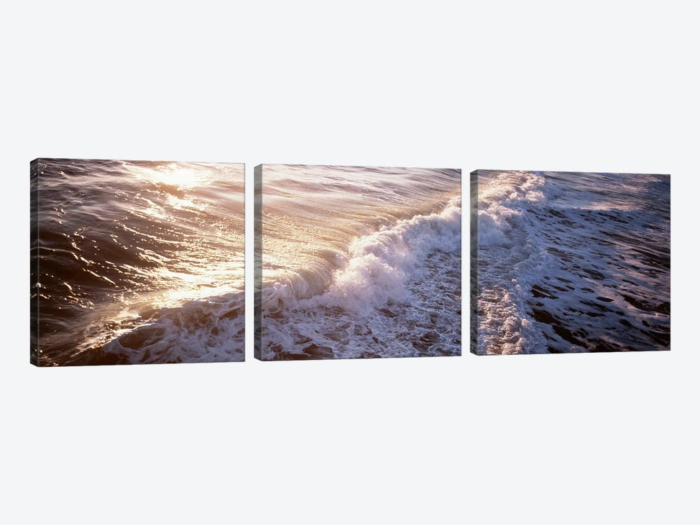 Waves FL USA 3-piece Canvas Print