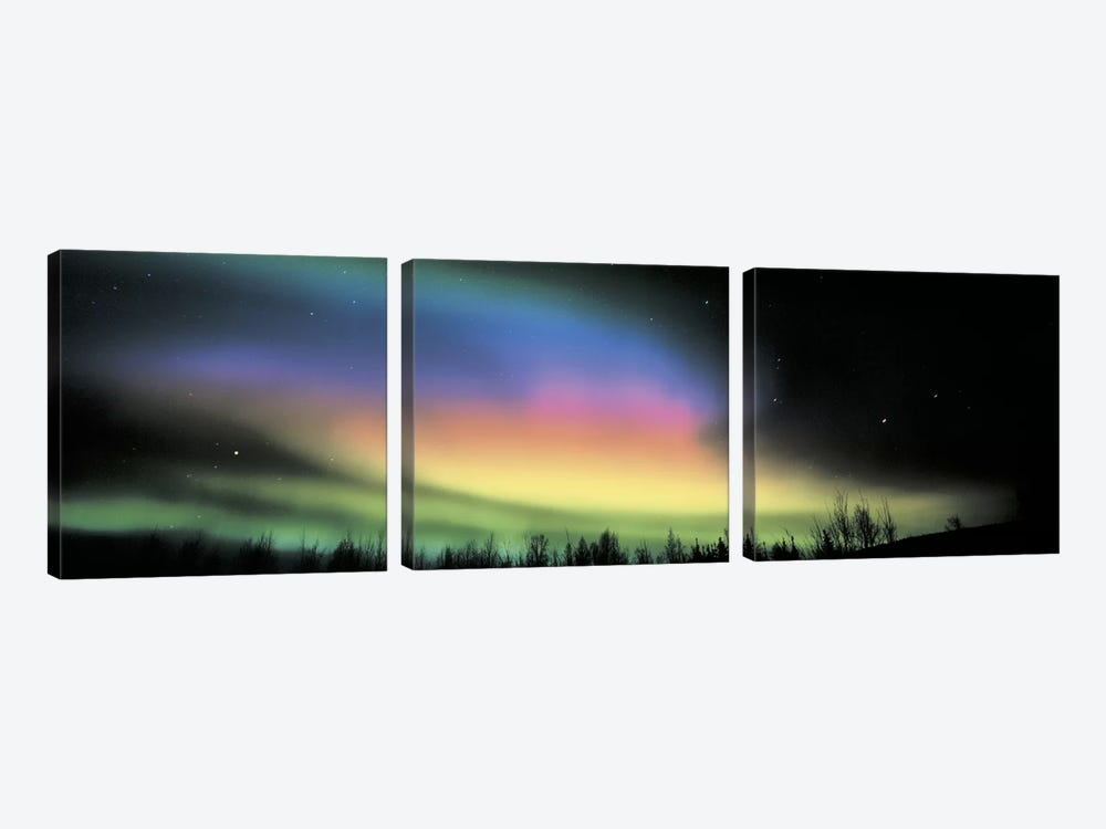 Northern Lights by Panoramic Images 3-piece Canvas Art