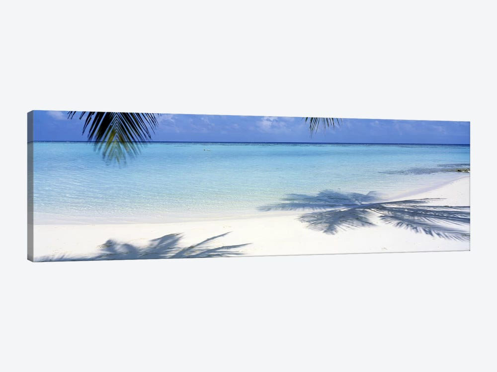 Laguna Maldives by Panoramic Images 1-piece Canvas Wall Art