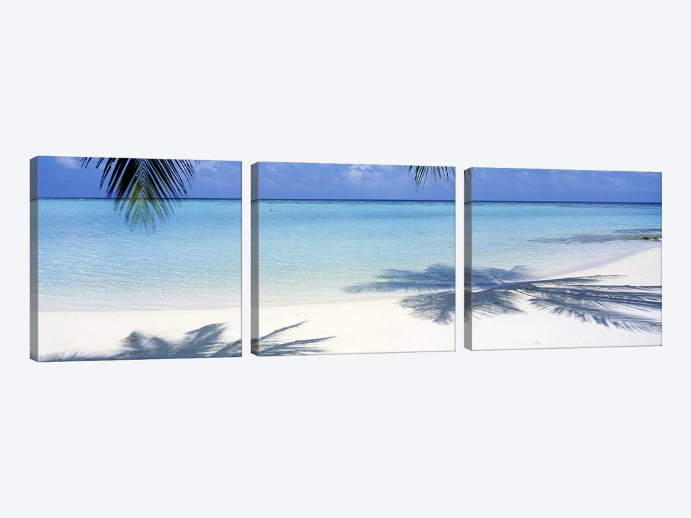 Laguna Maldives by Panoramic Images 3-piece Canvas Art