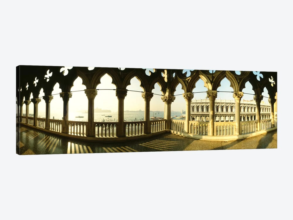 Venetian Gothic Balcony, Doge's Palace (Palazzo Ducale), Venice, Italy by Panoramic Images 1-piece Canvas Art