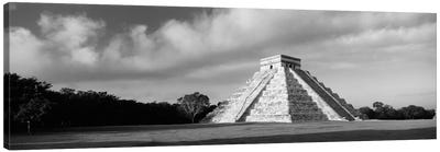Pyramid in a field, Kukulkan Pyramid, Chichen Itza, Yucatan, Mexico (black & white) Canvas Art Print