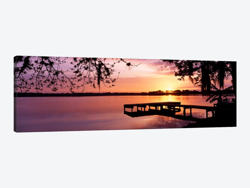 USA, Florida, Orlando, Koa Campground, Lake Whippoorwill, Sunrise 1-piece Canvas Wall Art