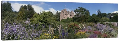 Crathes Castle Scotland Canvas Print #PIM2924