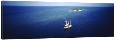 High angle view of a sailboat in the ocean, Heron Island, Great Barrier Reef, Queensland, Australia Canvas Art Print