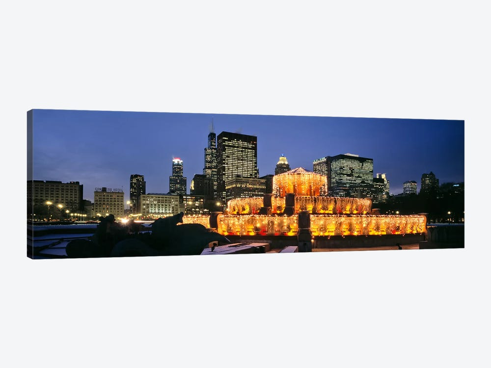 Buckingham Fountain Decorated For ChristmasChicago, Illinois, USA by Panoramic Images 1-piece Canvas Artwork