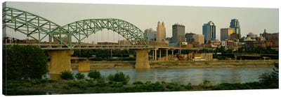 Bridge across the river, Kansas City, Missouri, USA Canvas Art Print