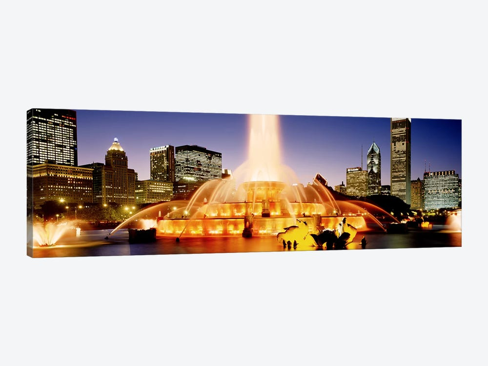 Buckingham Fountain At Dusk, Chicago, Cook County, Illinois, USA by Panoramic Images 1-piece Canvas Artwork