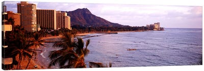 Waikiki Beach, Oahu, Hawaii, USA Canvas Art Print