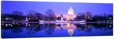 ChristmasUS Capitol, Washington DC, District of Columbia, USA Canvas Art Print