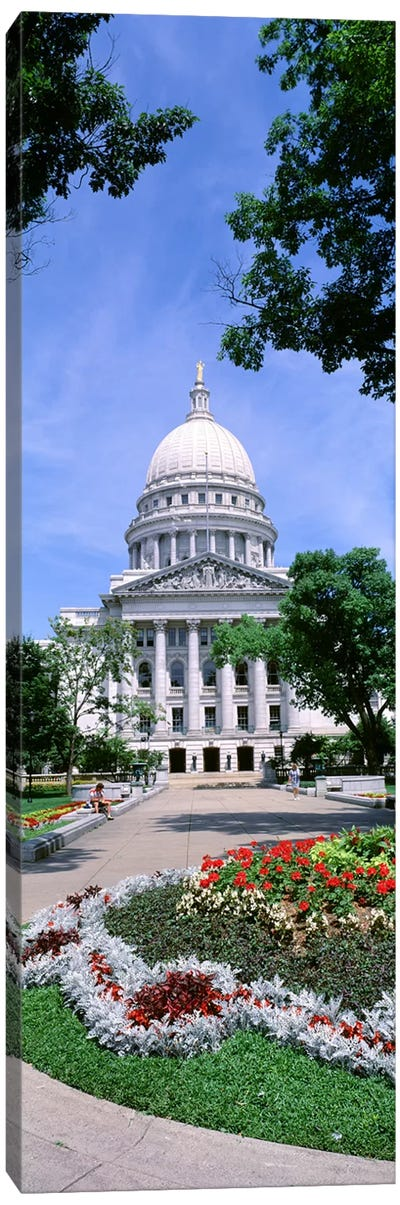 USA, Wisconsin, Madison, State Capital Building Canvas Art Print