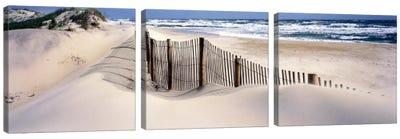 USANorth Carolina, Outer Banks Canvas Art Print