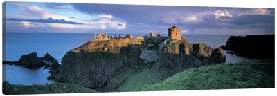 Dunnottar Castle, Aberdeenshire, Scotland, United Kingdom Canvas Art Print