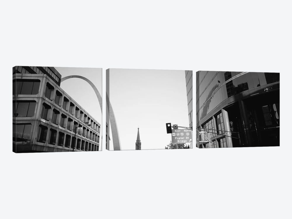 Low-Angle View From 4th Street In B&W, St. Louis, Missouri, USA by Panoramic Images 3-piece Canvas Artwork