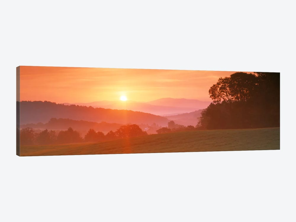 Sunrise Caledonia VT USA 1-piece Canvas Print