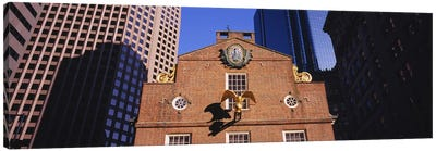 Low angle view of a golden eagle outside of a building, Old State House, Freedom Trail, Boston, Massachusetts, USA Canvas Art Print