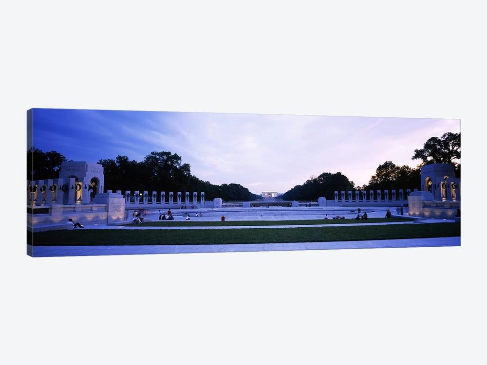 Tourists at a war memorialNational World War II Memorial, Washington DC, USA by Panoramic Images 1-piece Canvas Artwork