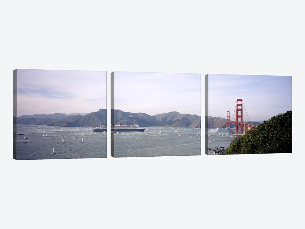 Cruise ship approaching a suspension bridge, RMS Queen Mary 2, Golden Gate Bridge, San Francisco, California, USA by Panoramic Images 3-piece Canvas Wall Art