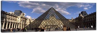 Pyramid in front of a building, Louvre Pyramid, Musee Du Louvre, Place du Carrousel, Paris, Ile-de-France, France Canvas Art Print