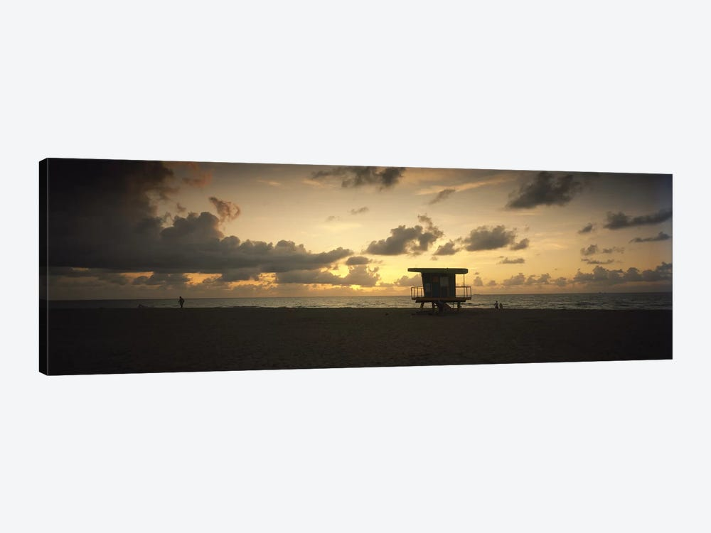 Silhouette of a lifeguard hut on the beach, South Beach, Miami Beach, Miami-Dade County, Florida, USA by Panoramic Images 1-piece Canvas Artwork
