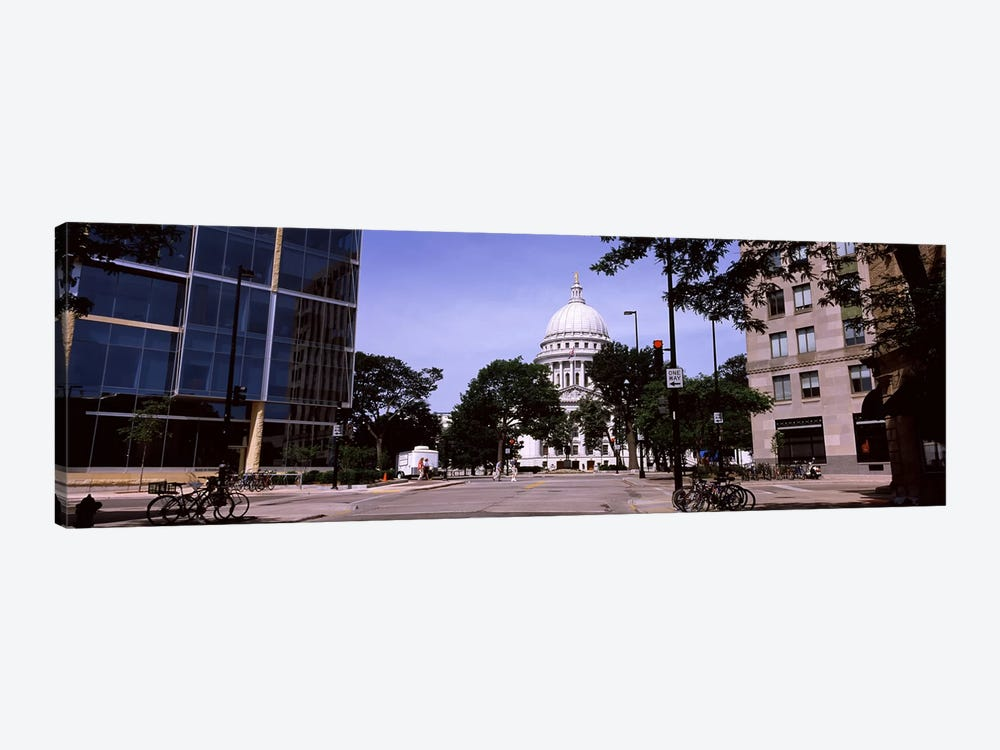 Government building in a cityWisconsin State Capitol, Madison, Wisconsin, USA by Panoramic Images 1-piece Canvas Print